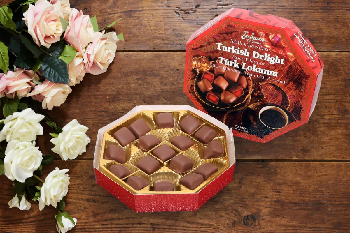 Sütlü Çikolatalı Kaplı Gül Lokumu